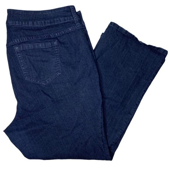 Torrid 24 Short Slim Fix Dark Wash Denim Jeans Plus Size